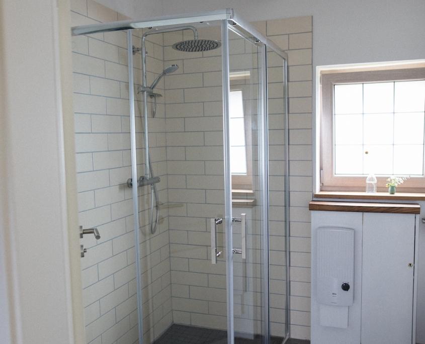 Badezimmer Duschkabine | Lytte Hytte | Ferienhaus Wingst