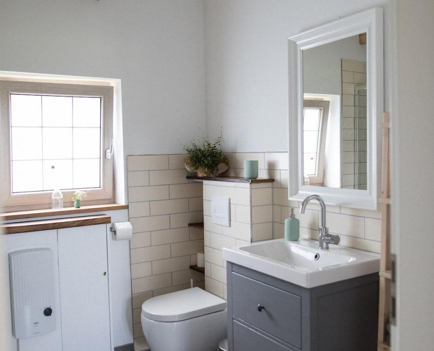 Badezimmer, Toilette | Lytte Hytte | Ferienhaus Wingst